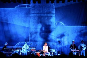 Charlotte Gainsbourg stage design